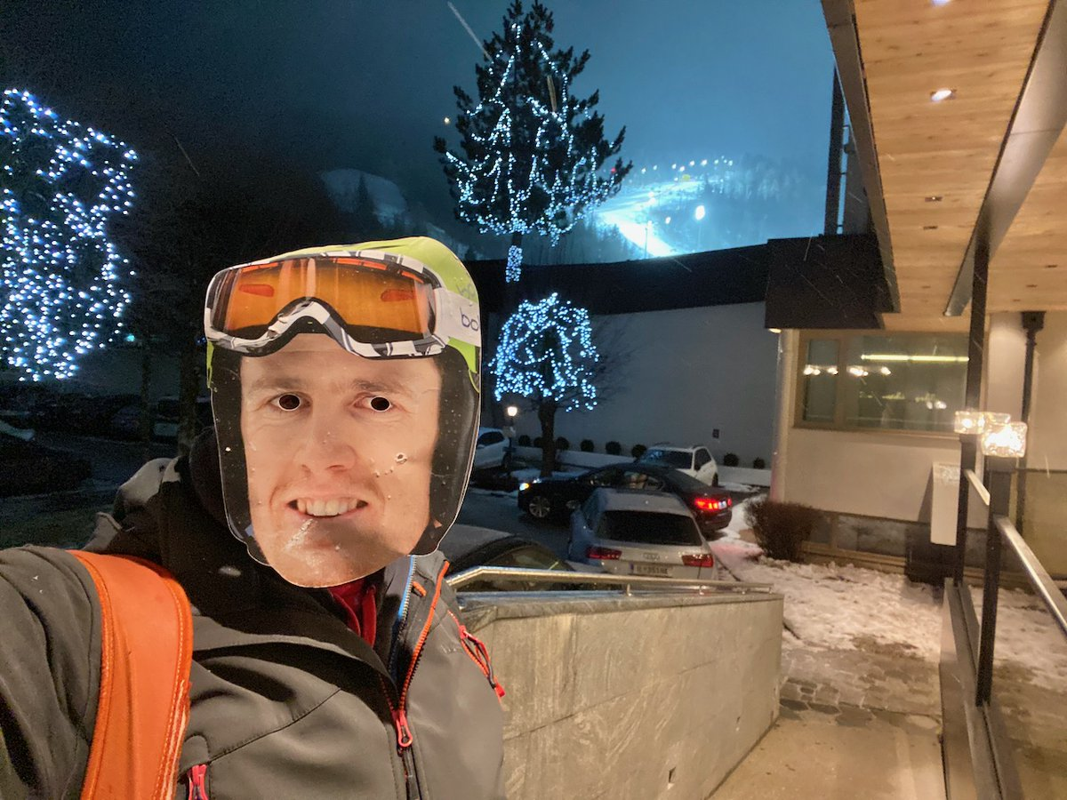 Celebrations continued long into the night as Ryding makes the Top Ten again. He came 8th in the Schladming Night Race with PlanetSKI cheering him on! https://www.planetski.eu/2020/01/28/schladming-excels-with-ryding-in-7th-after-first-run/… @daveryding @SchlaTourism #nightslalom #nightrace @visitaustria @Austria_UKpic.twitter.com/9UvbJfdvTU