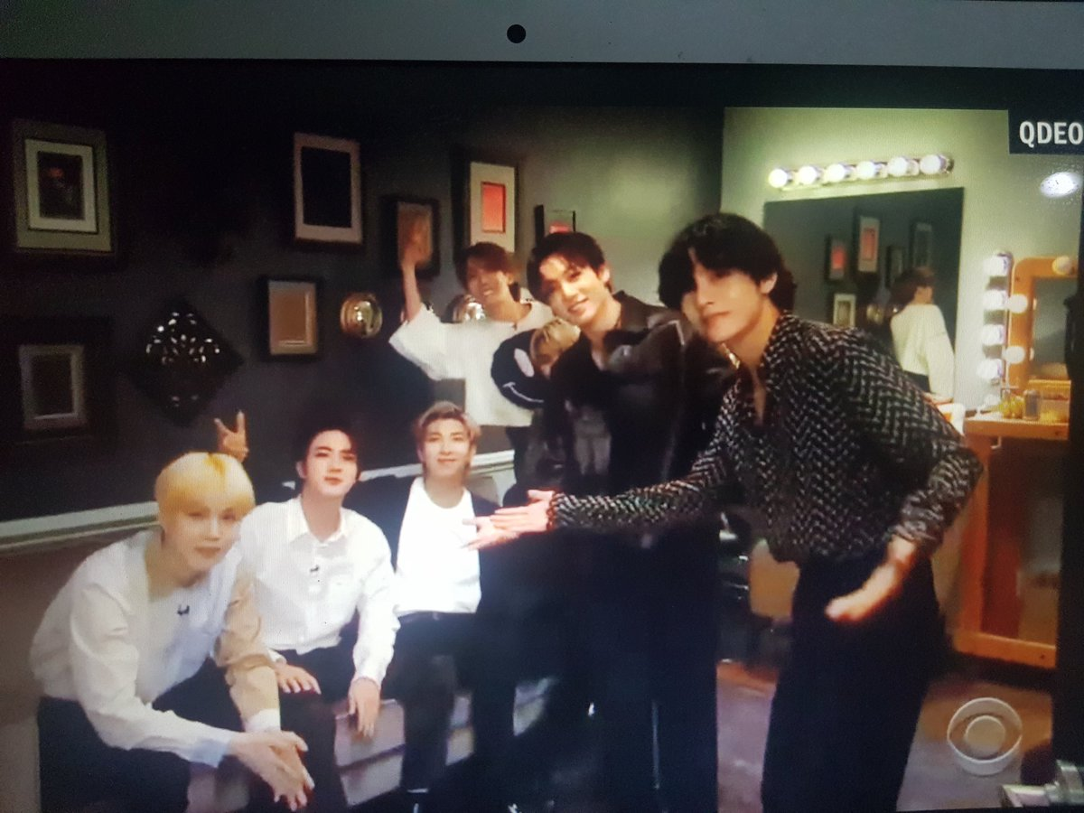 #BTSxCorden  #BlackSwanLive  First time seeing the Black Swan choreo and I'm honestly not over how breathtaking it was   Today was just all good fun and good energy and I wanna bring that with me always.  I'm so so proud of you boys @BTS_twt my english kings, my 7 swans pic.twitter.com/UxYB62gClw