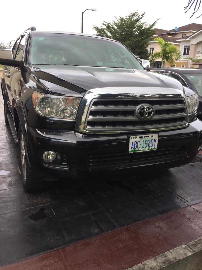 Registered and neatly 2013 Toyota Sequoia SUV. Located at Bishop Oluwale, VI Lagos. Mileage: 90,000 Price: 11.5m slightly negotiable  Kindly call or WhatsApp: +2348054914543 Please retweet, my client may be on your TL #codezauto #lagoscardealer, #abujacardealer #carinlagospic.twitter.com/7VdFqriqnQ