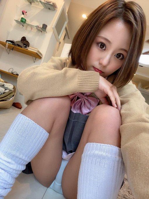 AV女優神谷充希のTwitter自撮りエロ画像43