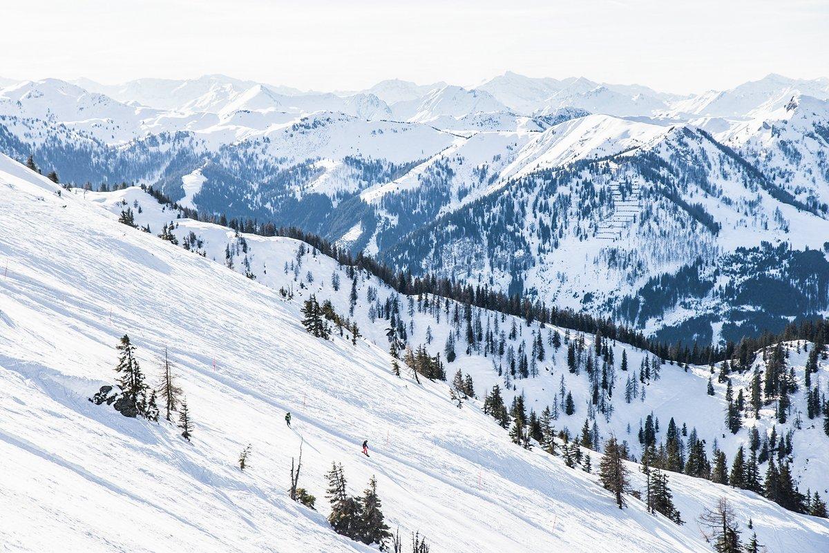 Natures cinema... does anybody need popcorn?  @explorealittlemore #wagrainkleinarl #salzburgersportwelt #salzburgerland #bloghuette #visitaustria #snow #winter #slopespic.twitter.com/ROl4R81N1s