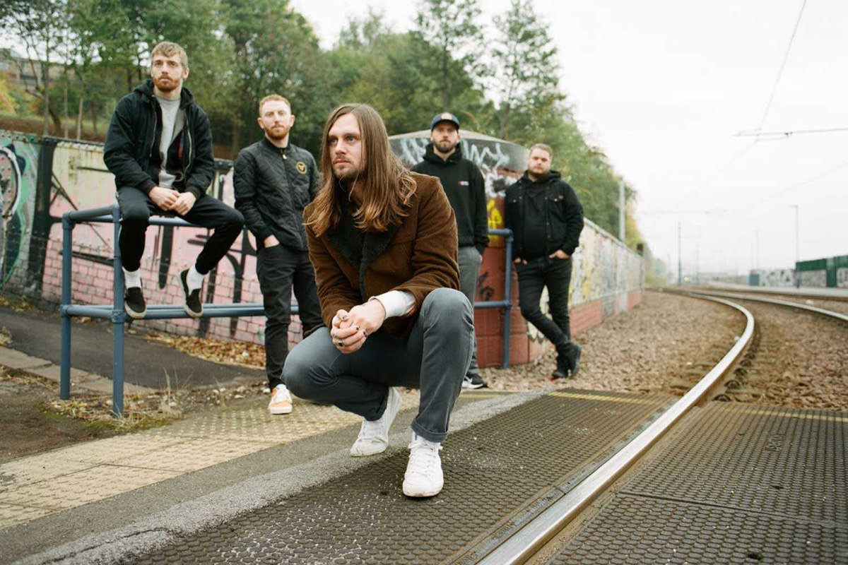 Slam Dunk has signed up While She Sleeps, Code Orange and more https://www.upsetmagazine.com/news/slam-dunk-has-signed-up-while-she-sleeps-code-orange-and-more…pic.twitter.com/Bf87YRpYS9