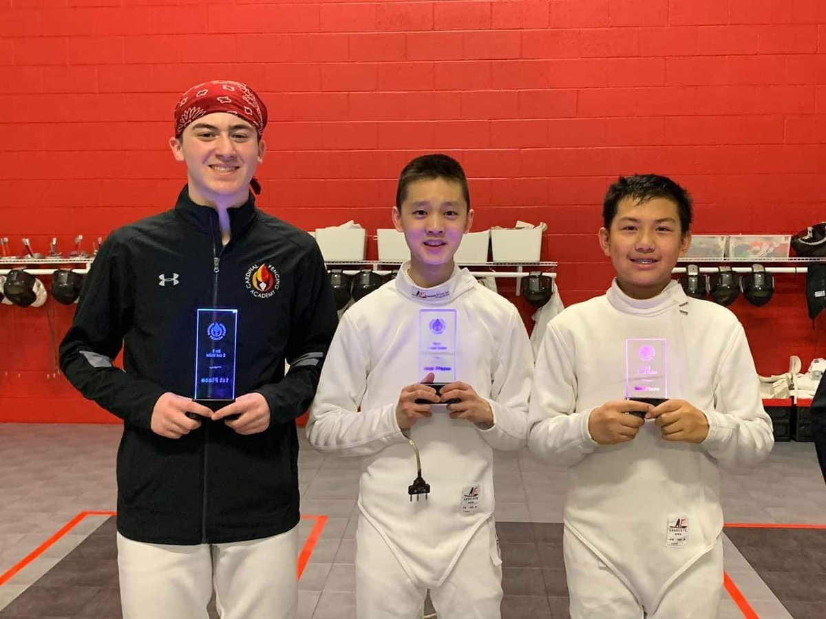 Congratulations go out to Tristan who won Bronze and earned his D2020 rating and Ryan in top 8, earning his C rating last Sunday at the C and Under Senior Mixed Epee event in Falls Church! #fencingposts #fencinglife #fairfax #usfencing #fencingclub #fencingsportpic.twitter.com/N0GZr5kobh