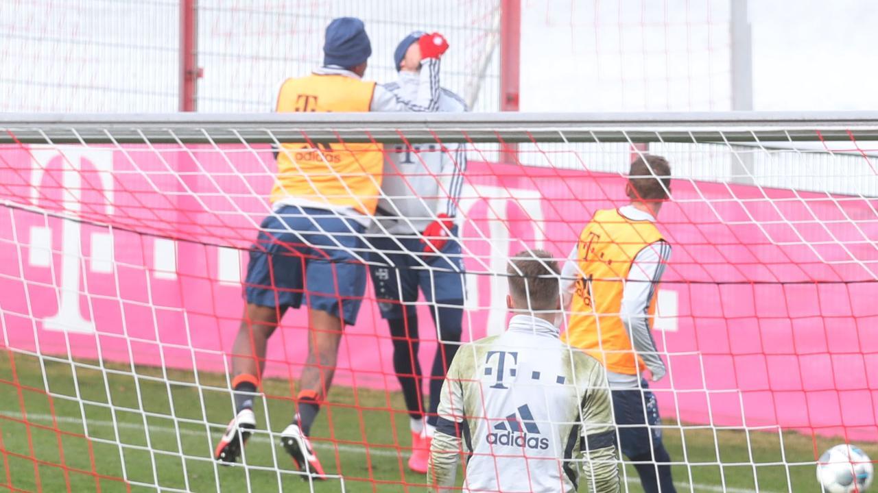 Конфликт в Баварии - Боатенг на тренировке ударил одноклубника по лицу - изображение 1