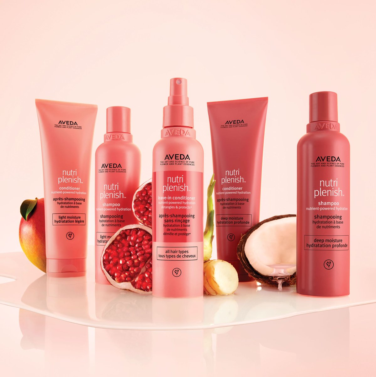 Our latest blog is up! Read all about Aveda's new range, Nutriplenish here > http://bit.ly/2OaCq3o #Aveda #Nutriplenish #Hydrate #LightMoisture #DeepMoisture #Superfood #Nutrientspic.twitter.com/3w4GjouUIJ