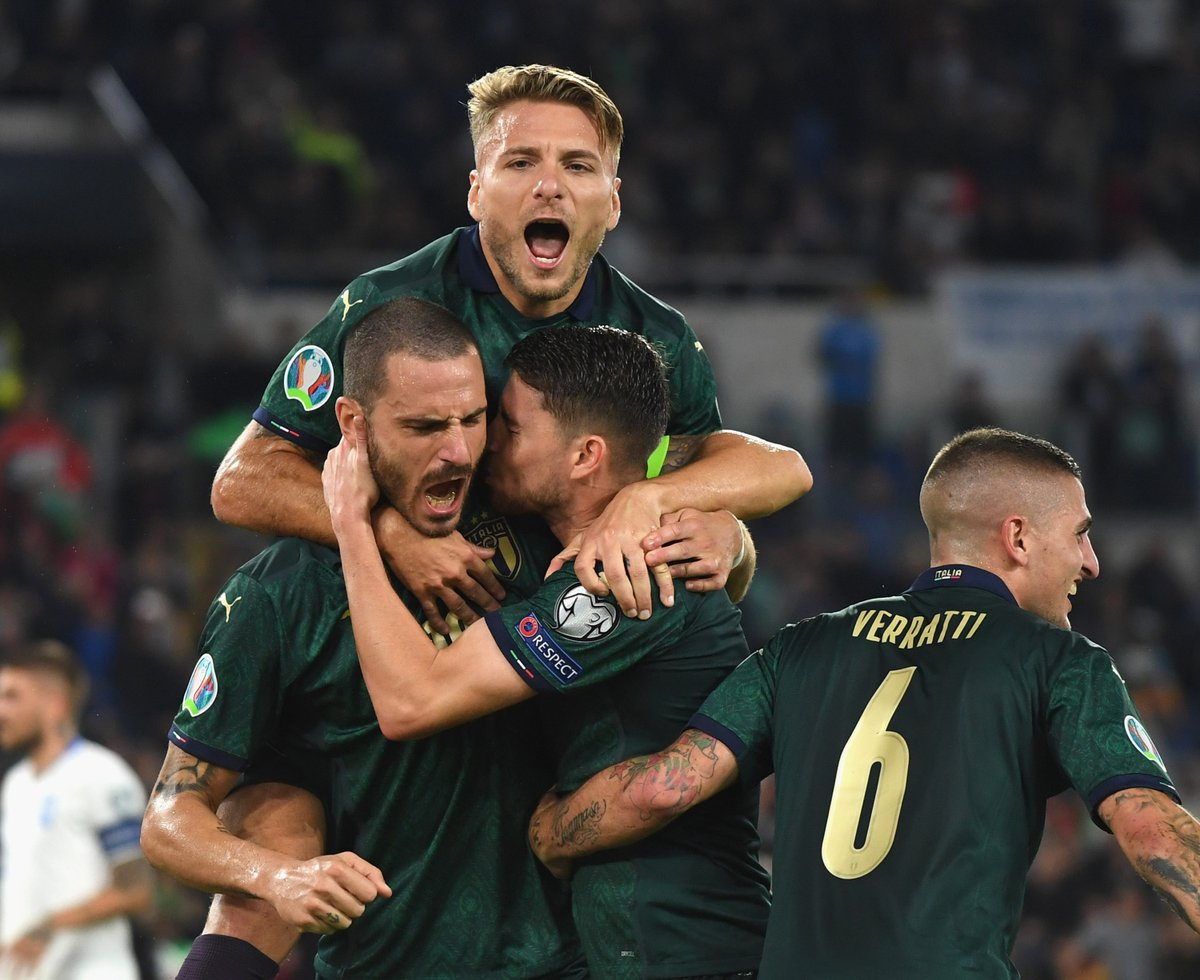 🇮🇹 Italy record in #EURO2020 qualifying = 💯 1⃣0⃣ games = 1⃣0⃣ wins 3⃣7⃣ goals scored 4⃣ goals conceded