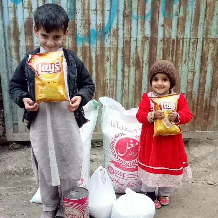 Alhamdulillah groceries provided to orphan family.  JazakAllah donor❤❤  #help #charity #orphan #Pakistani #foundation