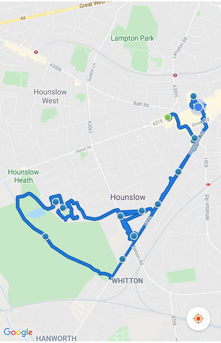 Hounslow Heath SNT officers were busy today patrolling  various parts of the ward, carrying out Anti social behaviour  & drug use patrols visiting victims of motor vehicle crime.    #BeSafe #DontDoDrugs #MOTORVEHICLECRIME pic.twitter.com/gsS6Dcwt4I