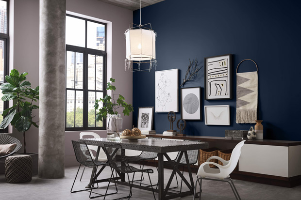 How do you feel about navy blue being 2020's colour of the year? #homedesign #homedecor #interiordesign #interior #design #home #architecture #decor #homesweethome #interiors #decoration #furniture #interiordesigner #luxury #homestyle #homedecoration