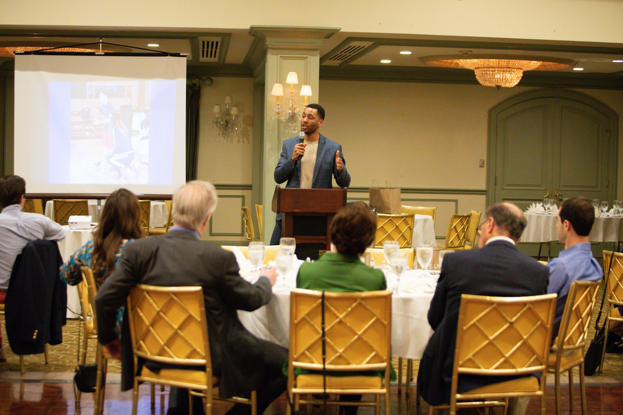 New Orleans Pelicans On Twitter Tonight Pelicans Assistant General Manager Bryson Graham And Play By Play Announcer Joel Meyers Hosted The 3 Point Club Dinner At The Chateau Country Club For Full Gallery Https T Co Kk6u06e81c