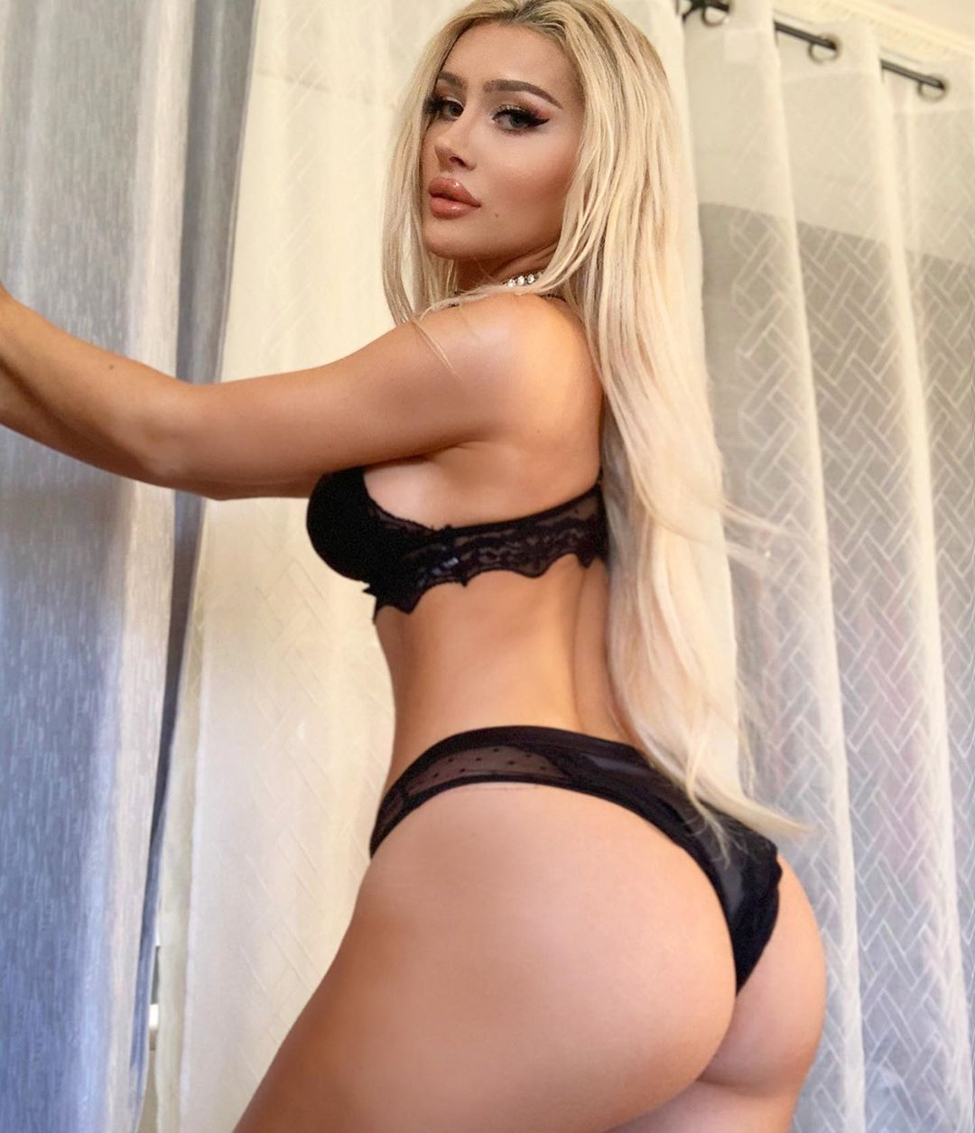 Molly Eskam Nude Leaked Videos and Naked Pics! 121
