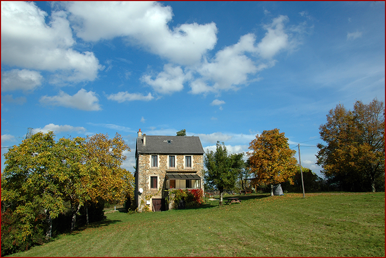 By far not too late to make a reservation for the upcoming summer.......... https://aveyron-gite.fr/ #aveyronvivrevrai #tous_en_aveyron #france #holidays #tourism #conquesenrouergue #conques #gîterural #countryside #campagnefrancaise #grandvabre #vacationhouselaroque #vacationpic.twitter.com/eX22gkJMKS
