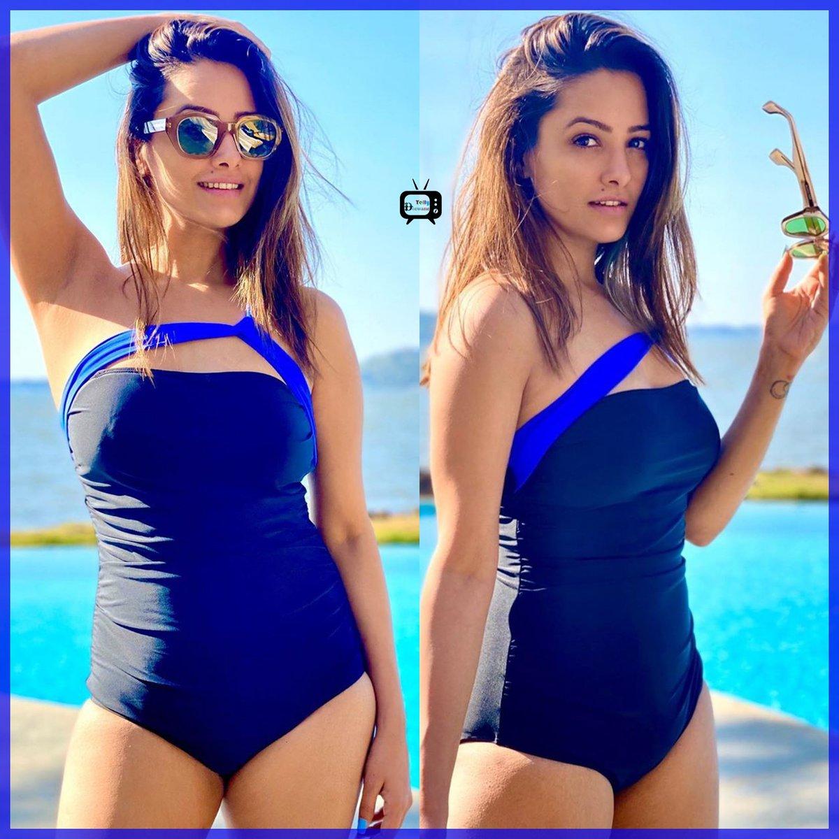 Gorgeous Anita Hassanandani #AnitaHassanandani #Naagin4  #ronita #AnitaHassanandaniReddy #Vishaka #Vish  #Naagin3 #Shagun #YHM  @TellyDeewanepic.twitter.com/xd1ZhWjJbz