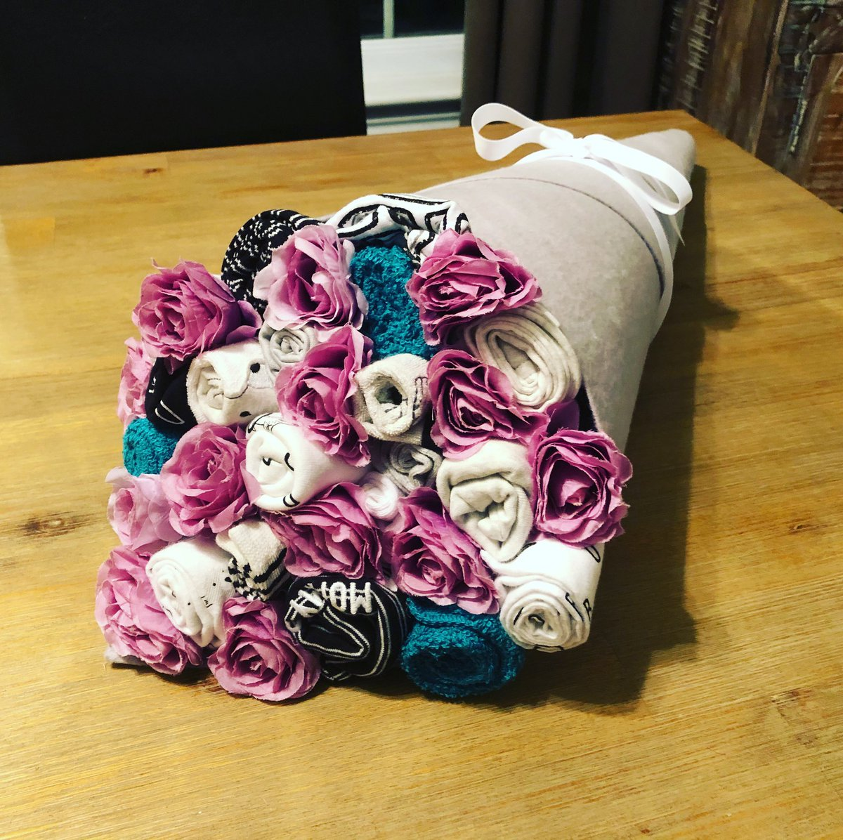 Kim Hogeveen On Twitter The Latest Baby Bouquet Done And Delivered Made Gender Neutral In Black And White Purple Flowers For Fun Babybouquet Genderneutral Babyshower Babyclothes Diy Https T Co Uuinhx5iyu