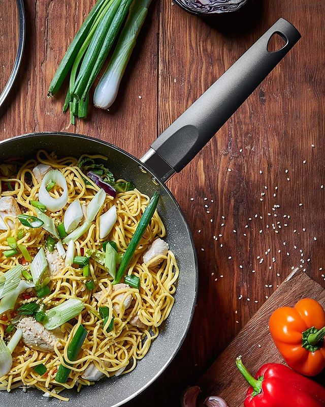 Stir fry, curry, fajitas, popcorn... What do these things have in common? They can all be cooked in a wok! 🍳