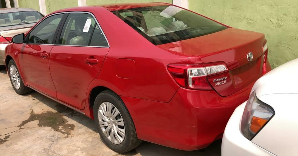 Foreign Used 2013 Toyota Camry up for grab  . Color: Red  . Price: 4m  . Refer a Buyer N' Earn .  Call 09069954729 .  #EddieCarDealer #AutoDealer #Toyota #Camry #ToyotaCamry2013 #Cleancar #TokunboCar #foreignused #cleanCar #affordablecar #Autos #LagosAutospic.twitter.com/kpkz6UzgR8