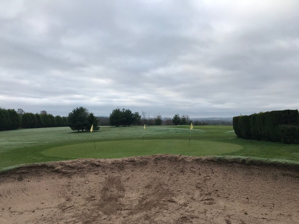 View from our bunker, know any frequent visitors? 😂⛳️  #golf #bunker #halfpennygreen https://t.co/0JFQxXZq7n