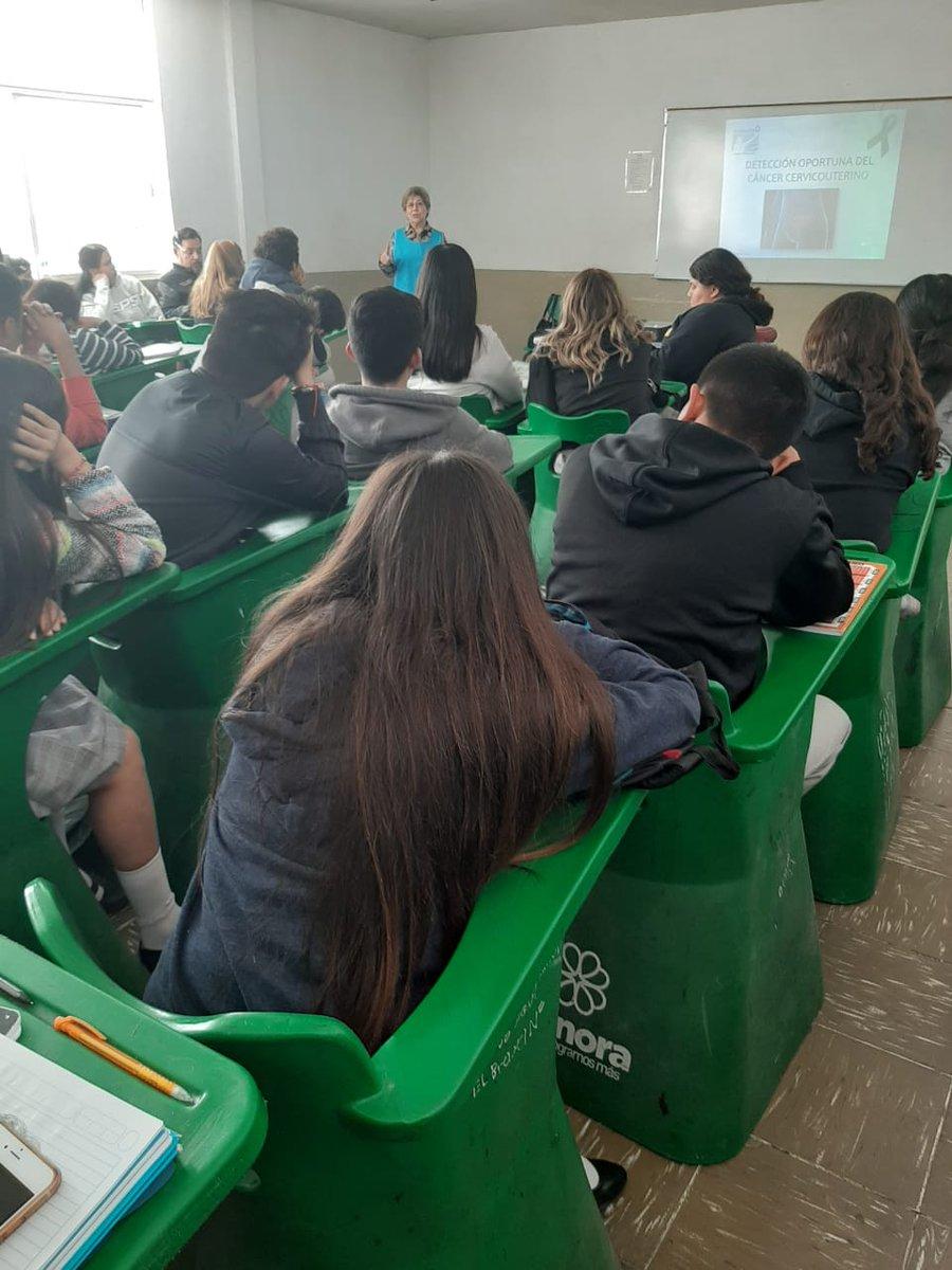 27 de enero: Damas voluntarias en Cobach Hermosillo Monteverde, con pláticas de prevención de cáncer cervicouterino, testicular y de mama, a un público de 35 estudiantes. https://t.co/3tFWRHu5Ce