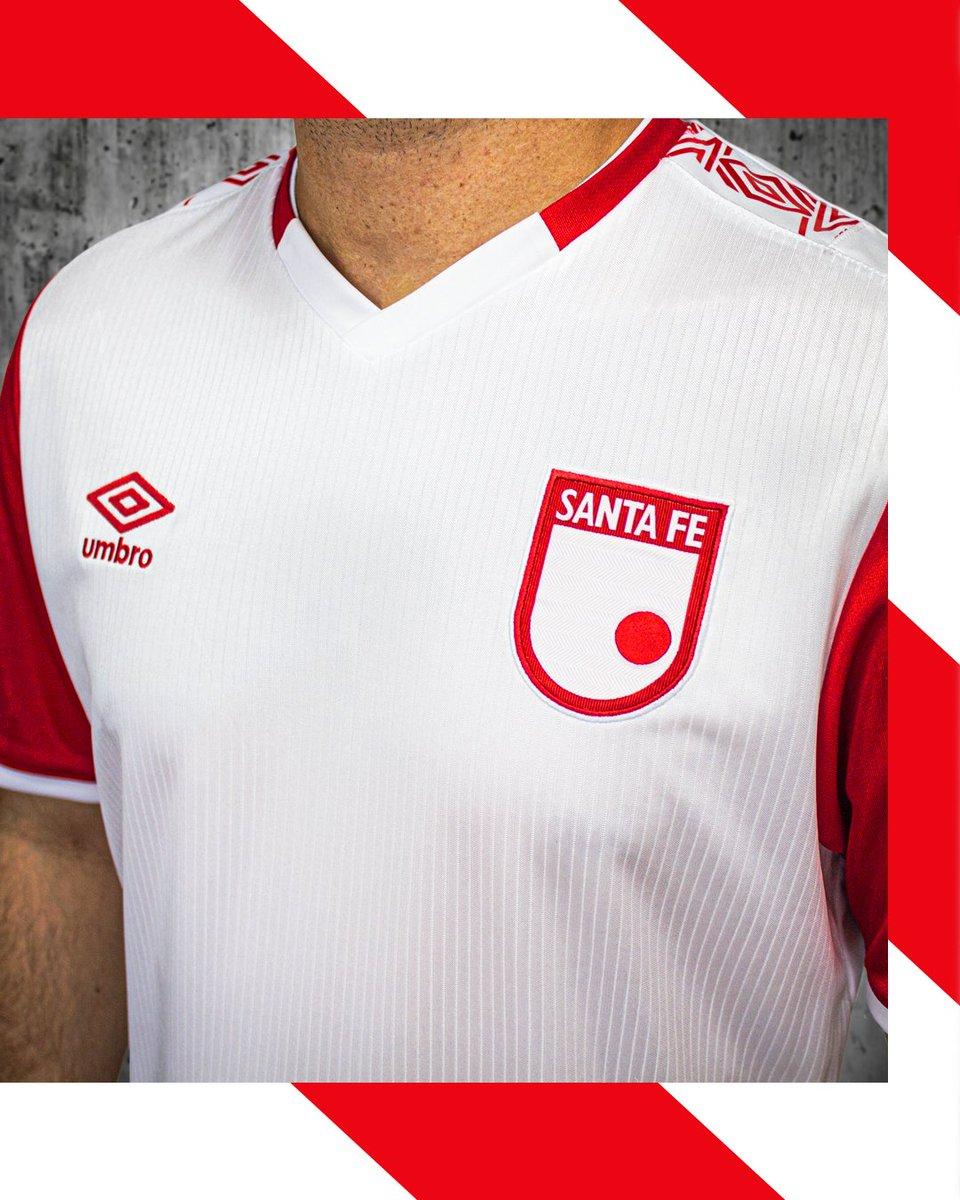 Te mostramos los detalles de la nueva piel del León 2020 en su versión alterna/visitante 🔴⚪ . . . #TeAmoLeon #EstamosJuntos #Umbro #IndependienteSantaFe #UmbroFutbol #FutbolColombiano #camisetasdefutbol https://t.co/NLg2SO4NxQ
