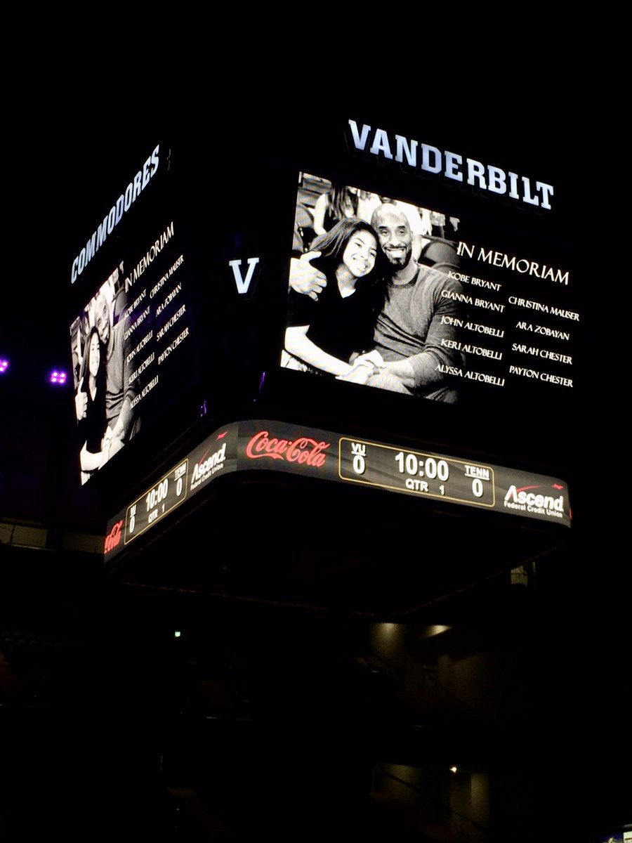 At Lady Vols vs @VandyWBB, an 8-second moment of silence held to honor Kobe Bryant.