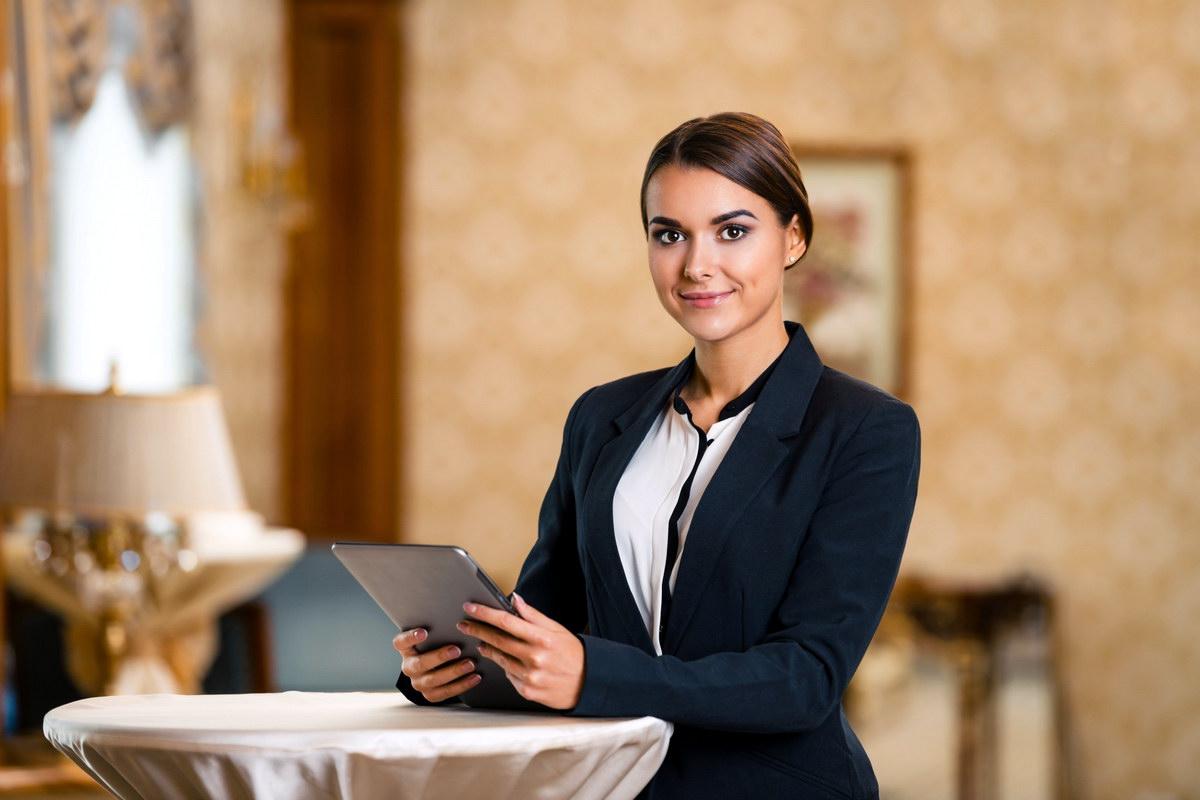 Как должен выглядеть администратор ресторана фото