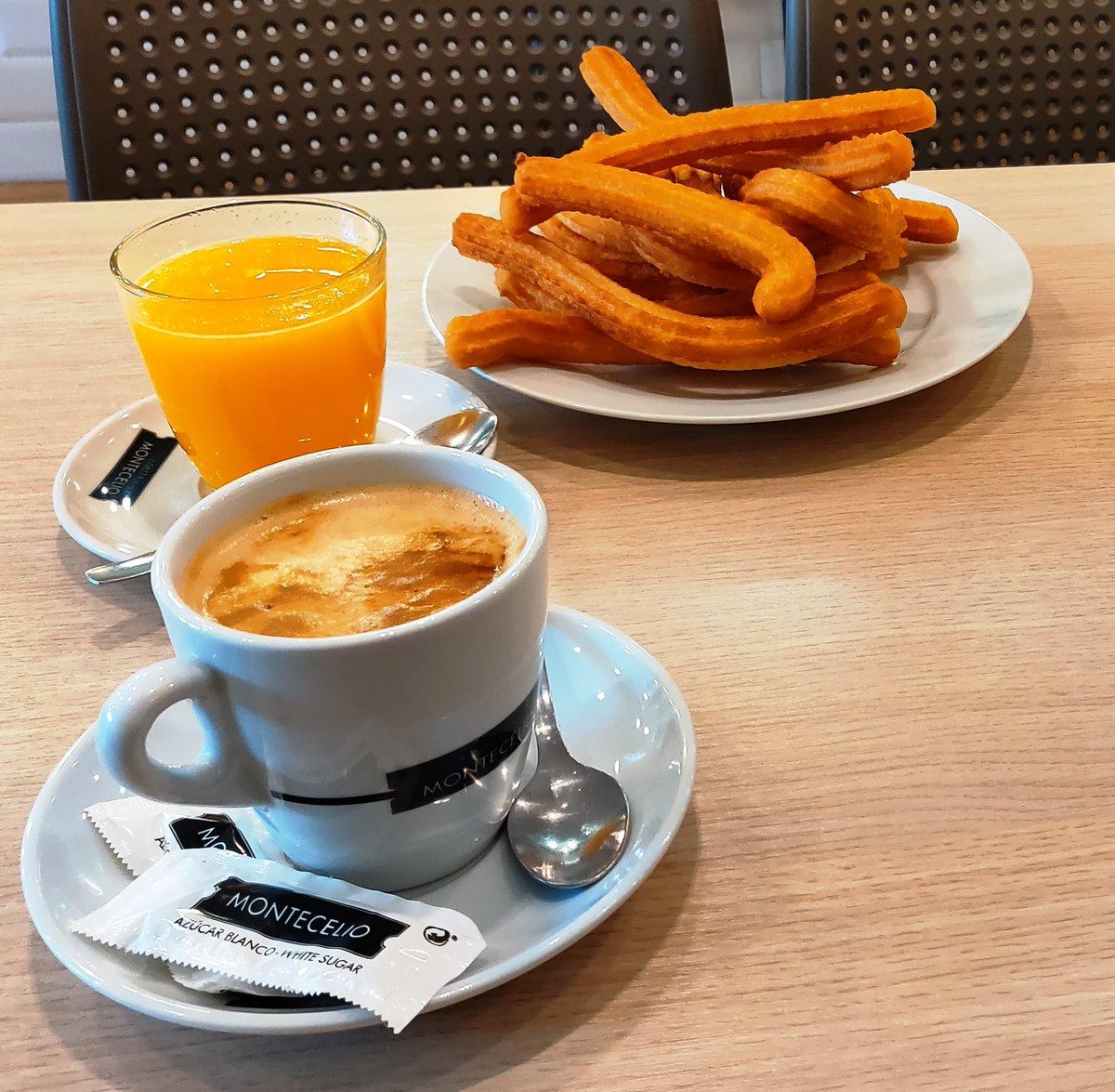 Viernes 31 de enero. ¿Y si despides el mes con un buen desayuno? http://www.maskechurros.com Estamos en #Oviedo #Mieres #PoladeLena #Laviana #Sama #LaFelguera #PoladeSiero #Villaviciosa #Gijón #Candás #Luanco #PiedrasBlancas y #Gradopic.twitter.com/K0kHotB5vr