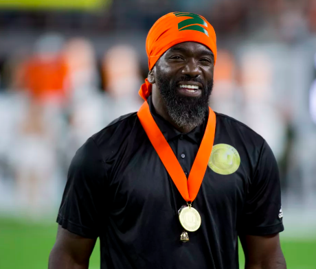 With the University of Miami hiring Ed Reed as their Chief of Staff for football..... Who would be the Chief of Staff for your favorite college football team?? #SECThisMorning @SIRIUSXM @ChrisDoering