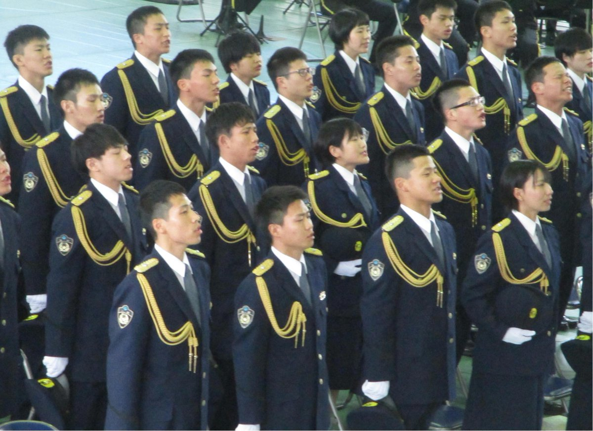 """三重県警察広報室 on Twitter: """"【三重県警察学校卒業式】👮♂️ 1月 ..."""