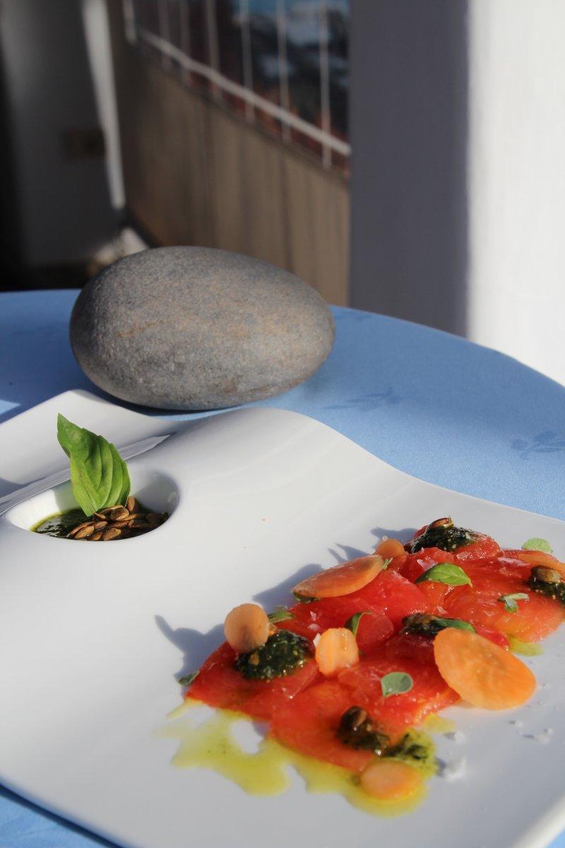 Elige tu #restaurante favorito de nuestro #hotel y disfruta de una experiencia #gourmet única e inolvidable.  Restaurante Gara  La Trattoria  El Laurel  Tasca Fandango ¿Vas a perder la oportunidad de saborear #LaGomera con nosotros?http://bit.ly/HJTPromoGourmetpic.twitter.com/HFaP92QqXa