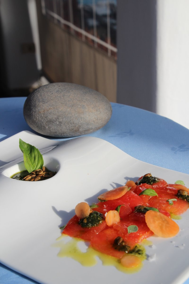 Choose your favourite #restaurant in our #hotel and enjoy a unique and unforgettable #gourmet experience.  Gara Restaurant  La Trattoria  El Laurel  Tasca Fandango Are you going to miss the opportunity to taste #LaGomera during your stay with us?http://bit.ly/HJTGourmetENpic.twitter.com/r18OoR1sOW
