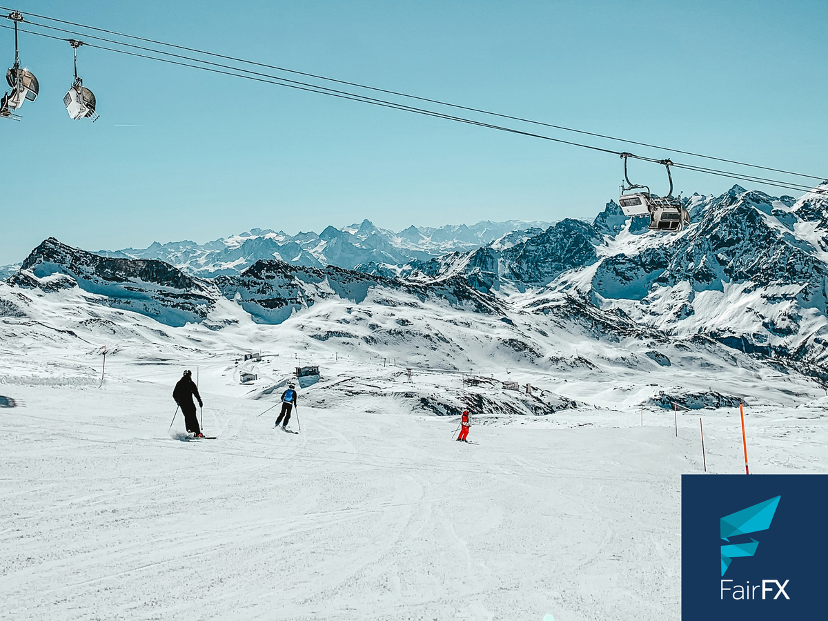 This winter we've been working with @FairFX to offer our members fantastic deals on their travel money. Load £250 on your card and receive and extra £15 for free! ✈️💰⛷🏂❄️  Head here for more info 👉https://t.co/e7BcLz8WZH https://t.co/JZ5RFH1ARv