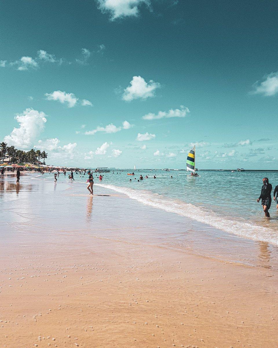 Hoje, sexta-feira, 30 de janeiro de 2020 onde eu gostaria de estar, mas estou em casa me arrumando pra ir trabalhar!!  #Paz  #praiadofrances #solzao #paisagempic.twitter.com/64MYWkKFKb – at Praia do Francês