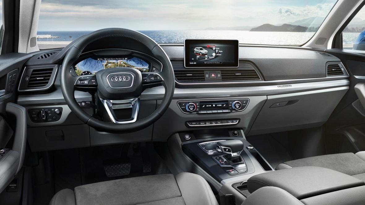 Pour effectuer vos longs trajets, vous pouvez compter sur une large palette d'équipements dédiés à votre sécurité et votre confort. L'Audi virtual cockpit, par exemple, est un tableau d'instrumentation 100% numérique.  #Audi #Guadeloupe #Q5 #quattro https://t.co/sJKYWWeKF8