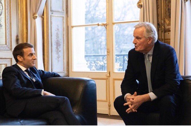 Avec le Président de la République française @EmmanuelMacron en ce jour grave du #Brexit. L'unité des européens est plus que jamais nécessaire. 🇪🇺🇫🇷