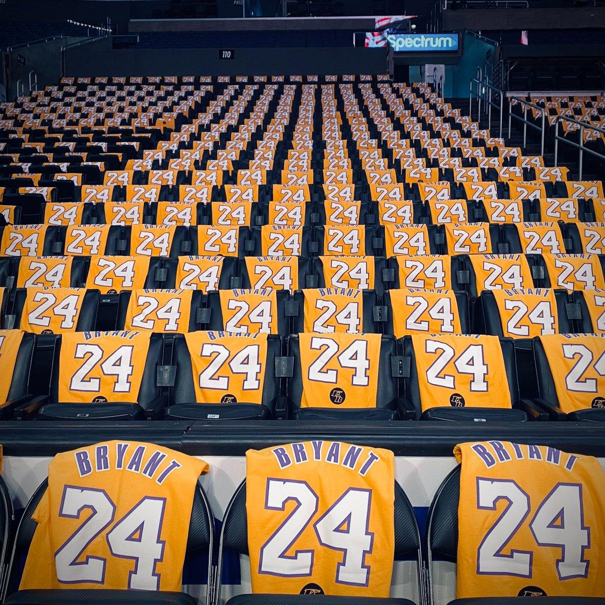 Staples Center tonight 🙏