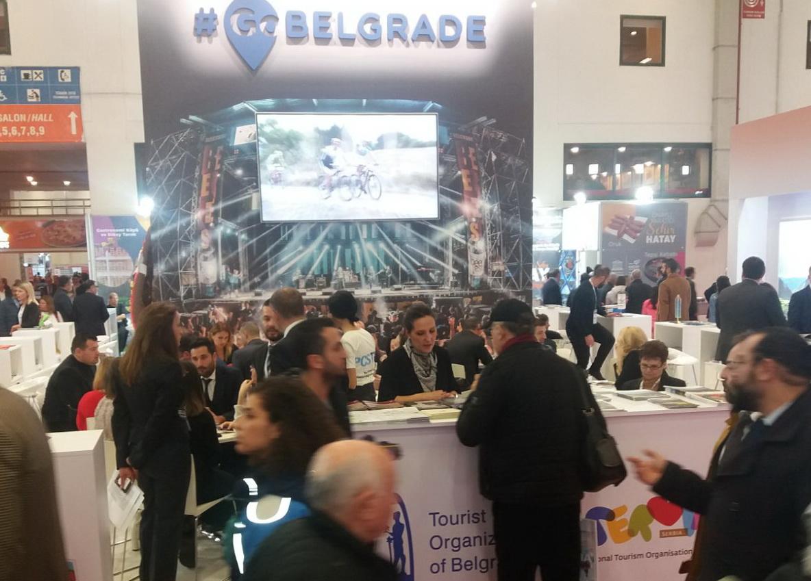 U 2019. u Beogradu prvi put više od milion stranih turista. Najviše iz Kine, Turske, Nemačke, Hrvatske, Grčke... #turizam #beograd #turisti #belgarde #posetioci #gosti #GoBelgrade @GoBelgrade @TOBelgrade #vidisrbiju #kina #turska #travel #putovanja https://t.co/bVuT1ND1hB