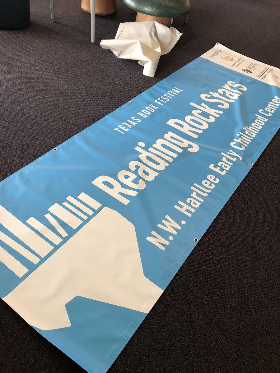 @texasbookfest @duncantonatiuh @gregpizzoli @macbarnett @DISD_Libraries @HARLLEEDISD The banner is here!!
