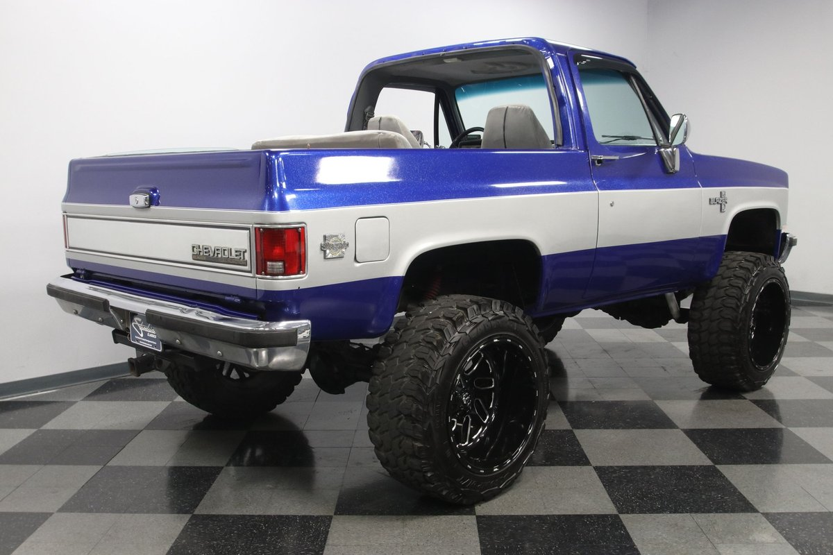 Streetside Classics On Twitter This 1989 Chevrolet Blazer K5 4x4 Restomod Features A Fuel Injected 5 3 Liter Ls V8 Vortec Paired With A 3 Speed Automatic Transmission Link Https T Co Otwadv2v7w Classicchevy Chevytruck Classictruck Oldtruck