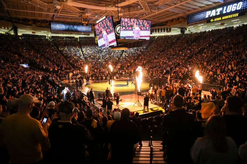 No. 1 Iowa #Hawkeyes defeated No. 2 Penn State at CHA before a sold-out crowd tonight, 19-17. We were promised a big matchup and big is what we got. thegazette.com/subject/sports… @kjpilcher @gazettedotcom @CRGazetteSports
