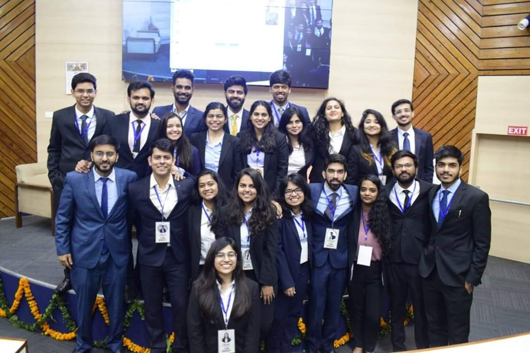 The session ended on a high note after the valedictory speech that was delivered by Mr. Rajnish Datta (Ex-Senior President, Yes Bank, Director, International Management Services Pvt. Ltd.)  The engaging sessions added much value to the interest of students !  #MarketingConclave