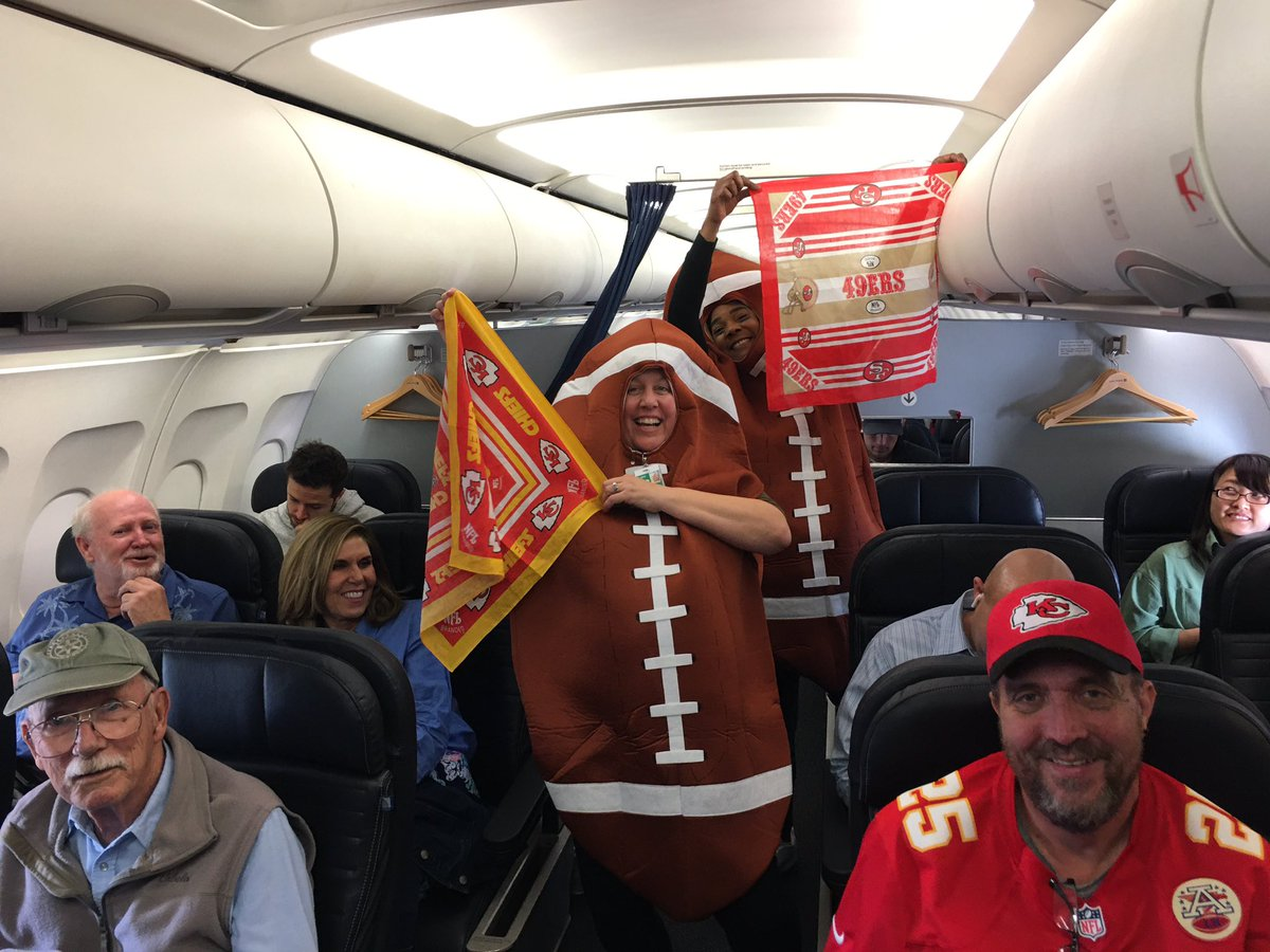 IAH - Super Bowl bound flight to MIA. Having a little fun with the Chiefs and 49ers fans. They will be partying it up in MIA tonight. @weareunited @rodney20148 @KimKerrIAH