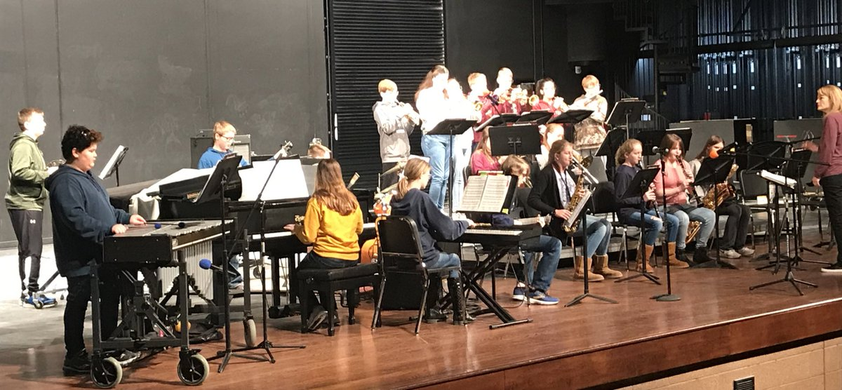 @AnkenyParkview @PVMS_Music Monday/Thursday jazz band does their performance at #jazzorama2020