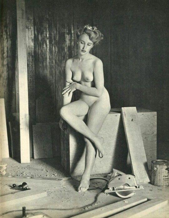 Eve plumb topless
