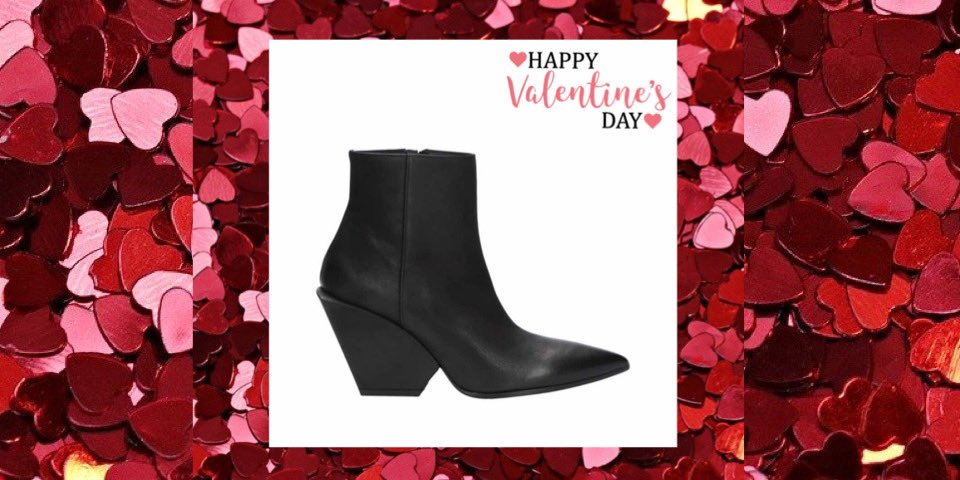 Love is.. a little bit of passion.. http://www.ragocalzature.com Shop online  Now on SALE  #ragocalzature #wintersale #sconti #boots #elenaiachi #madeinitaly #shoes #fashionwoman #cool #styleinspiration #trendsetter #shoesaddict #valentinegift #giftguide #musthave #shoponlinepic.twitter.com/5aMf6CMYen – at Rago Calzature