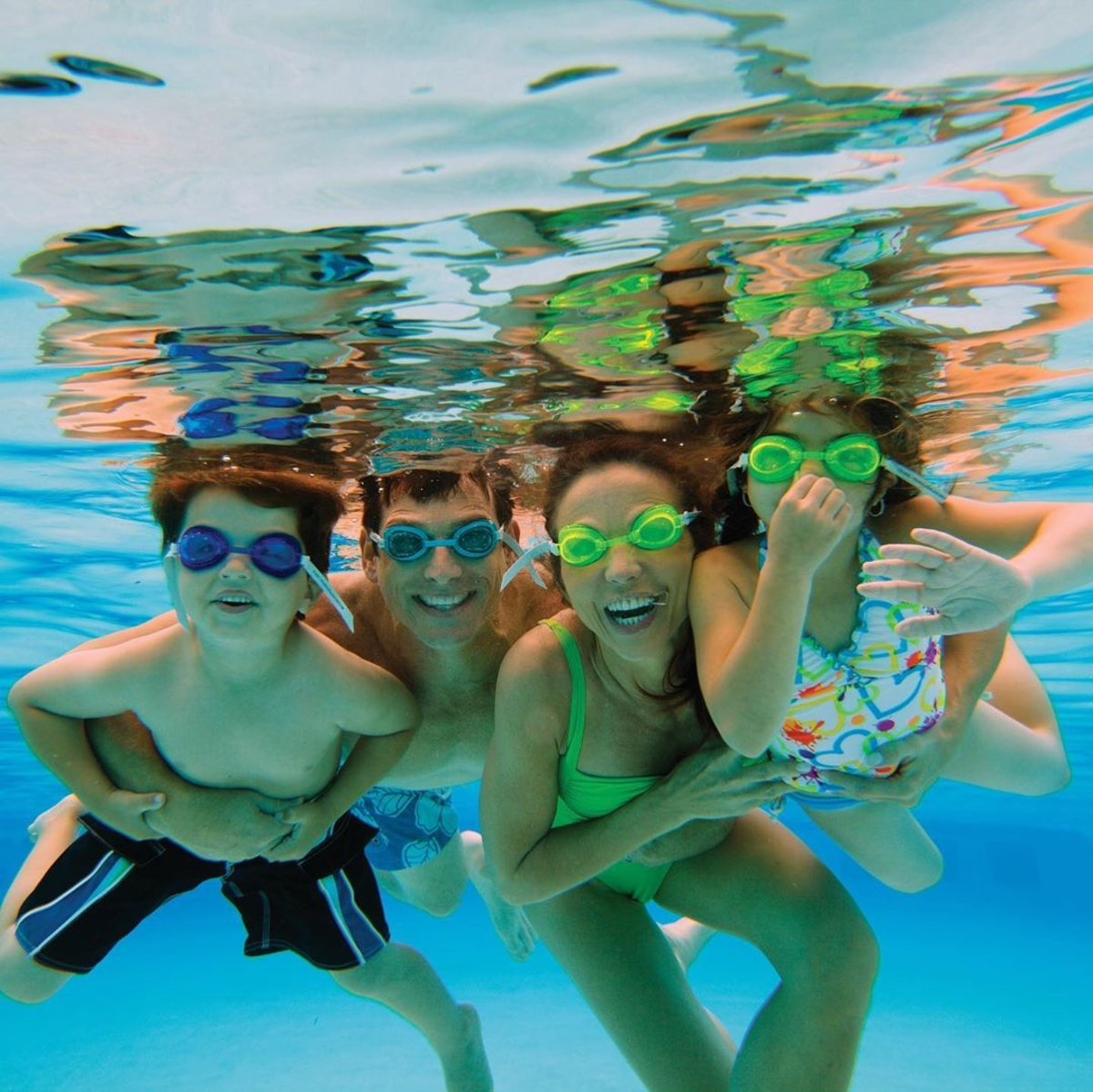 Dive into a weekend of family fun with us.  (Photo Credit: @kiddosmagazine) https://t.co/M0Ew4VUoYh