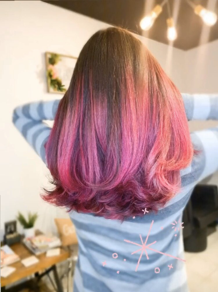 Started February with pink hair  after all, its the month of Valentine's Day  thanks @cameo_hair_ @the_beauty_loft_nj for doing such a wonderful #PinkOmbré #pinkombre pic.twitter.com/aSydYizGGj
