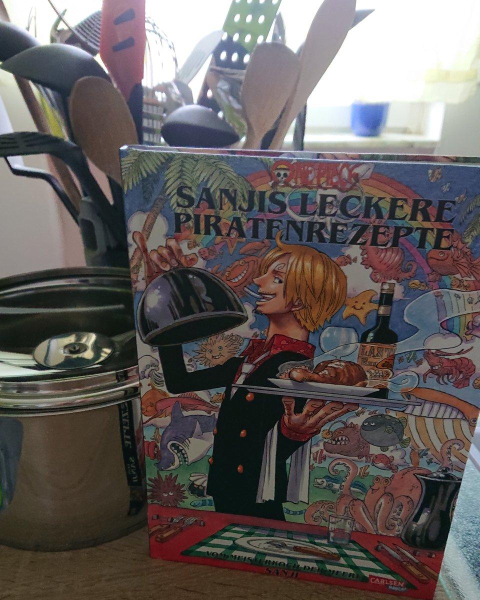 So macht Kochen doch gleich viel mehr Spaß.  Bin auf die Gerichte und Rezepte gespannt. @carlsen_verlag #anime #Manga #ONEPIECE #sanji #sanjisleckerepiratenrezepte #carlsenmanga #rezepte #strohhutbande #mugiwarapirates #kochen #Cooking #Food #eiichiroodapic.twitter.com/AZyxrYGeVx