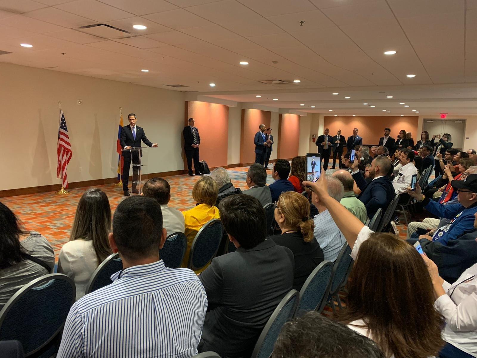VTanálisis: Guaidó insiste en permitir la injerencia de la OEA en Venezuela