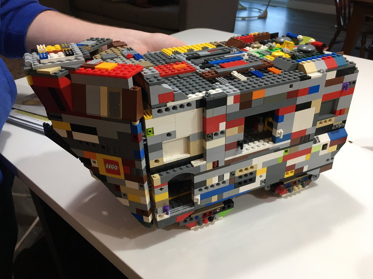 My 16 year old son downloaded the instructions for the sandcrawler Lego set and built it from our buckets of Legos, plus a couple dozen 3d printed pieces to fill in some gaps. @LEGO_Group @Creality3dprint