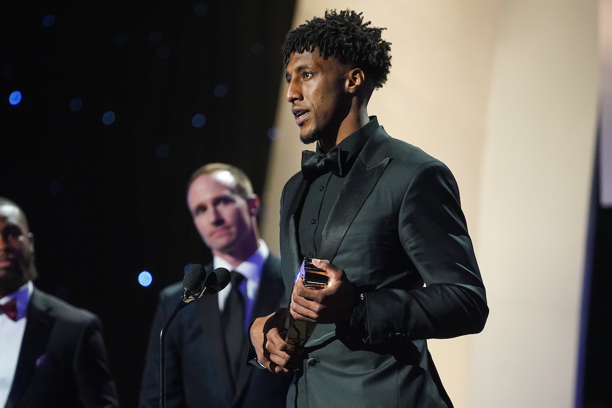 """""""The Marathon Continues,"""" 🏁💪@CantGuardMike accepts the award for @NFL's Offensive Player of the Year 📺: FOX / #NFLHonors"""